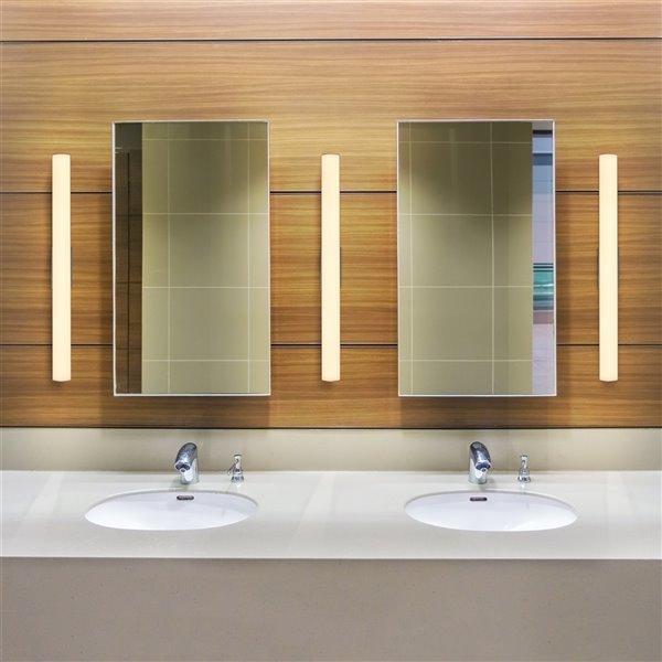 VONN Lighting Procyon Bathroom Vanity Light - LED - 24-in x 2.25-in - Silver