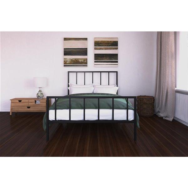 DHP Stella Metal Bed - Queen - 46-in x 62-in x 82.5-in - Black