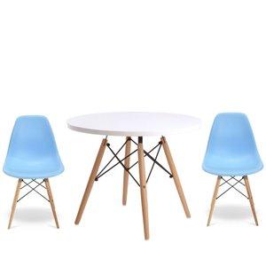 Ensemble pour enfants 2 chaises et 1 table style Eames de Plata Import bleu et pied en bois
