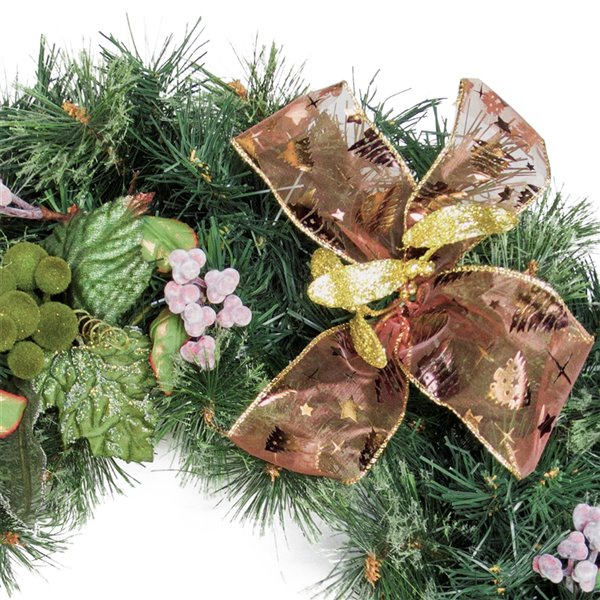 Henryka Decorated Indoor/Outdor Wreathe - 30-in - Frosted Berries