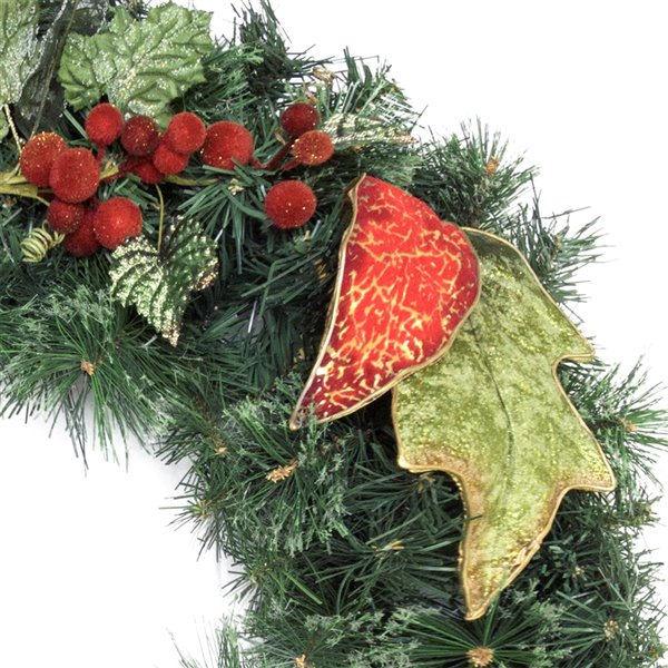 Henryka Decorated Indoor/Outdor Wreathe - 30-in - Red Berries & Green Leaves