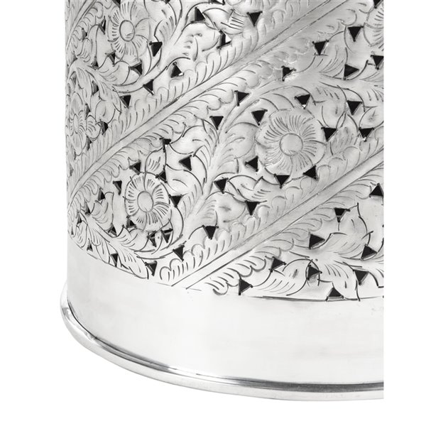 Safavieh Adrien Round Silver End Table with Intricate Pattern