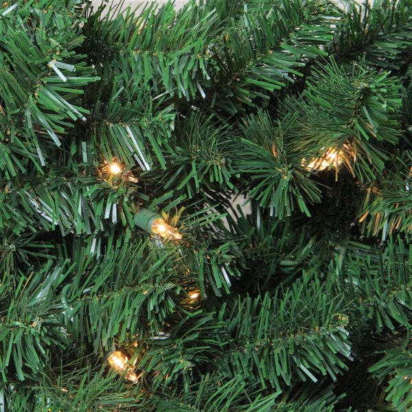 Northlight Green Deluxe Windsor Pine Artificial Christmas Wreath - 72-in