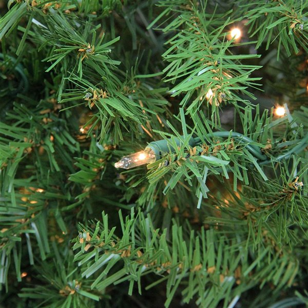 Northlight Pre-Lit Full Northern Pine Artificial Christmas Tree - Clear Lights - 9-ft