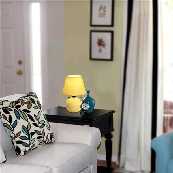 Mini lampe de table Simple Designs à globe en céramique LimeLights, jaune, 8,66 po