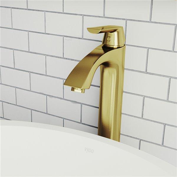 Robinet pour vasque de salle de bain Linus de VIGO fini or mat brossé