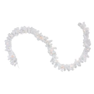 Northlight Pre-Lit Artificial Christmas Garland - Clear Lights - 9-ft x 12-in - Snow White