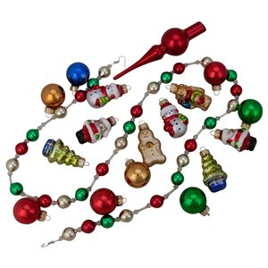 Northlight Beaded Garland with Christmas Ornaments 30-in - 18-Pcs - Red and Green