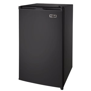 RCA 3.2 cu ft Freestanding Compact Mini Fridge with Freezer Compartment - Black