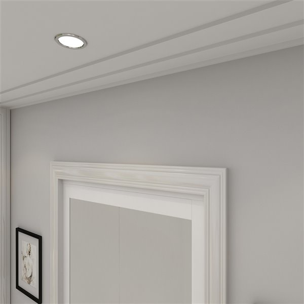 Colonial Elegance 1-Lite MDF Bilfod Closet Door with Mounting Hardware - 24-in x 80-in - White