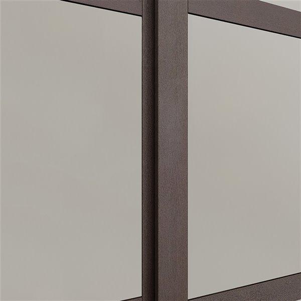 Porte coulissante en MDF  à 3 panneaux Colonial Elegance et quincaillerie d'installation, 60 po x 80 po, moka
