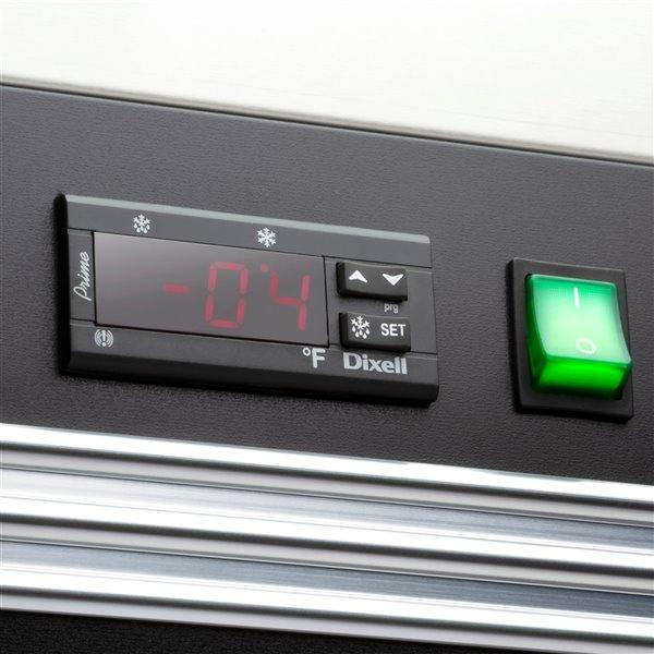 Congélateur commercial X Series Maxx Cold à 1 porte, 23 pi³, acier inoxydable