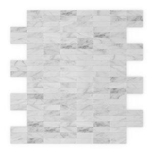 Tuile murale autoadhésive en pierre naturelle Freezy de SpeedTiles, motif linéaire, 11,42 po x 11,57 po, blanc et gris