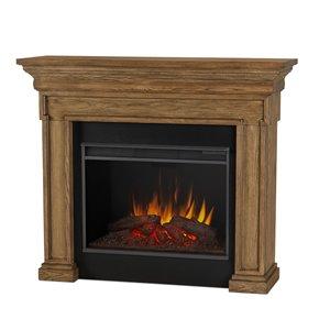 Foyer électrique à air forcé Emerson de Real Flame, 55,87 po de large, chêne anglais