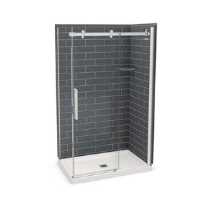 Ens. de douche en coin Utile par MAAX avec drain central, 48 po x 32 po x 84 po, gris foudre/chrome, 5 pièces