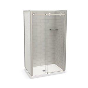 Ens. de douche en alcôve Utile par MAAX avec drain central, 48 po x 32 po, gris doux/nickel brossé, 5 pièces