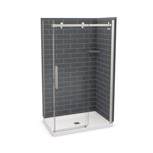 Ens. de douche en coin Utile par MAAX avec drain central, 48 po x 32 po x 84 po, gris foudre/nickel brossé, 5 pièces