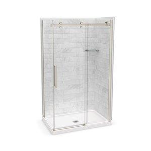 Ens. de douche en coin Utile par MAAX avec drain central, 48 po x 32 po x 84 po, Marbre Carrara/nickel brossé, 5 pièces