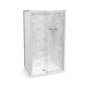 Ens. de douche en alcôve Utile par MAAX avec drain central, 48 po x 32 po, Marbre Carrara/chrome, 5 pièces