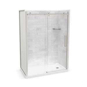 Ens. de douche en alcôve Utile par MAAX avec drain à droite , 60 po x 32 po, Marbre Carrara/nickel brossé, 5 pièces
