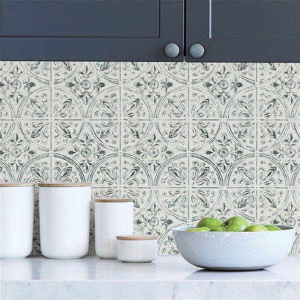 Tuile auto-adhésive au motif abstrait de InHome, 20 po x 20 po, blanc, 4 pièces