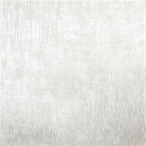 Papier peint non encollé et non tissé Chandra Sparkle par Kenneth James, 56,4 pi², argent