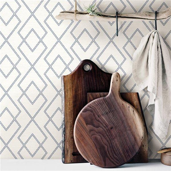 Papier peint encollé Farmhouse par Chesapeake, 56,4 pi², blanc et gris