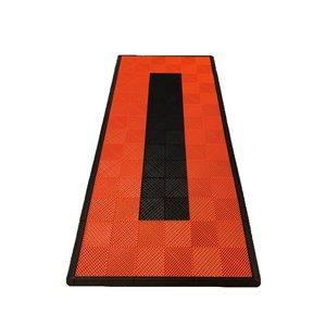 Tuile de plancher pour garage MotorMat par SwissTrax, 15,75 po x 15,75 po, lignes oranges et noires, 45 pièces