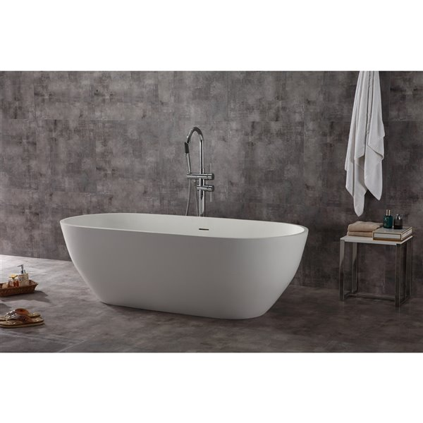 Bouticcelli Corian Stone Bathtub - 69-in x 31-in - White