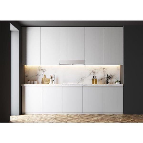 Hotte de cuisine sous-armoire Alaska d'AVG, 600 PCM, 30 po, acier inoxydable