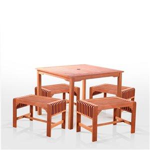 Ensemble à dîner extérieur Malibu de Vifah avec chaises sans dossier, en bois, brun, ensemble de 5 morceaux