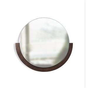 Miroir rond Mira de Umbra, 30 po, noyer