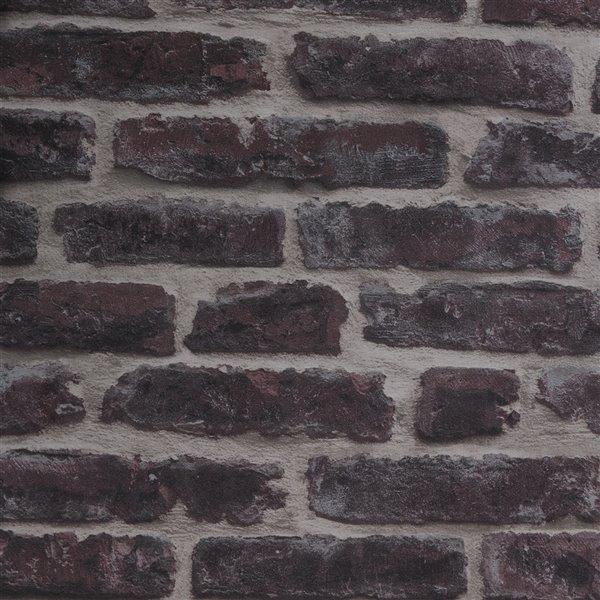 Papier peint Strata en vinyle texturé au motif de briques par Graham & Brown, non encollé, 56pi², rouge