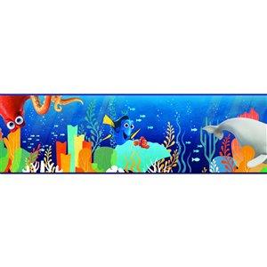 York Wallcoverings Prepasted Sea World Wallpaper Border - 9-in x 15-ft - Blue/Green/Orange