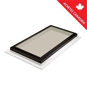 Puits de lumière fixe en verre trempé teinté et solin intégré de Columbia, 22,5po x 34,5po, brun