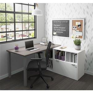 Bureau en L moderne i3 Plus de Bestar, 71,1 po, gris écorce/blanc