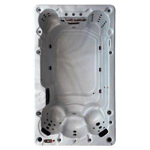 Spa de nage rectangulaire avec éclairage DEL et audio Bluetooth St Lawrence pour 6 personnes à 39 jets de Canadian Spa Company