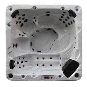 Spa carré avec éclairage DEL et audio Bluetooth Niagara Falls pour 7 personnes à 60 jets de Canadian Spa Company