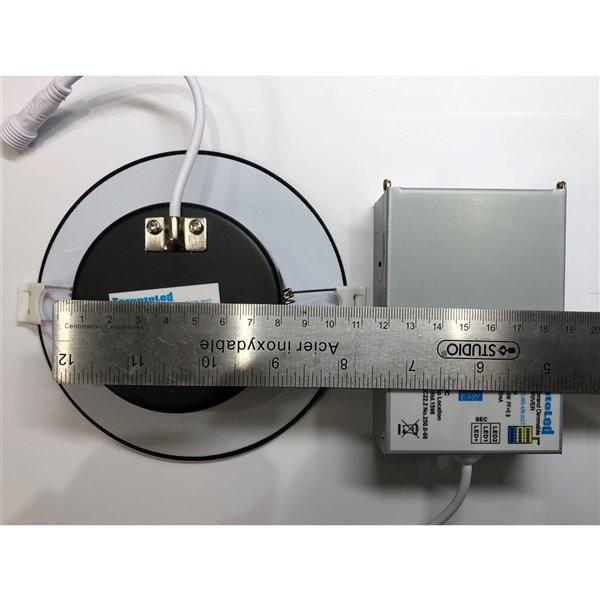Éclairage encastré rond noir à intensité variable avec DEL intégrée 4 po équivalent de 60 watts de TorontoLed