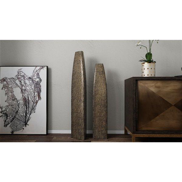 Peinture botanique avec cadre en plastique noir 40 po x 28 po par Gild Design House