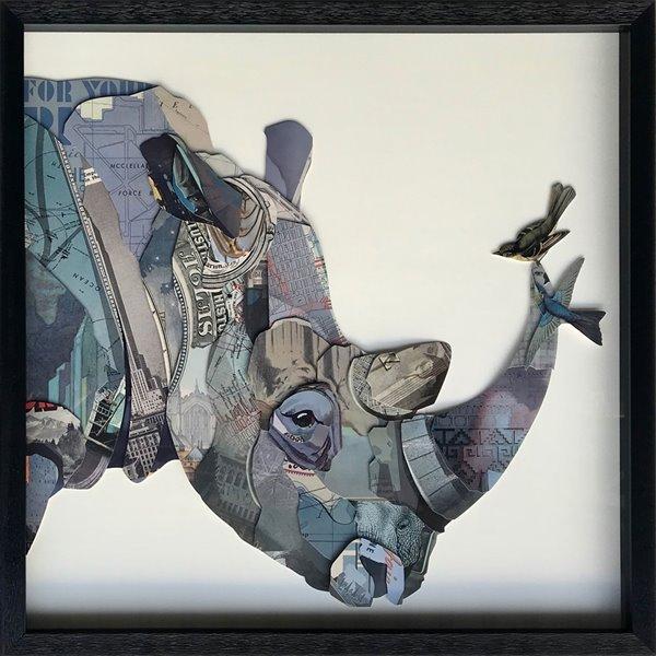 Collage d'animal avec cadre en plastique noir 28 po x 28 po par Gild Design House