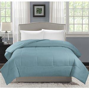 Couette en polyester avec rembourrage en polyester bleu crépuscule uni, lit une place, par Swift Home
