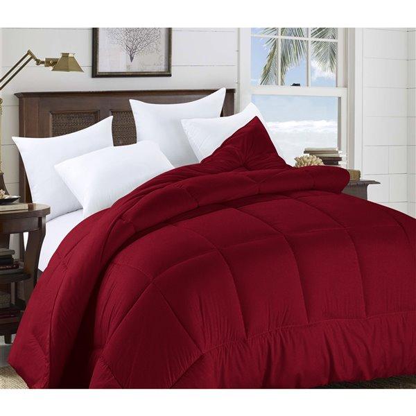 Couette en polyester avec rembourrage en polyester bourgogne uni, très grand lit, par Swift Home