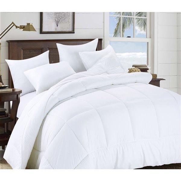 Couette en polyester avec rembourrage en polyester blanc uni, lit une place, par Swift Home