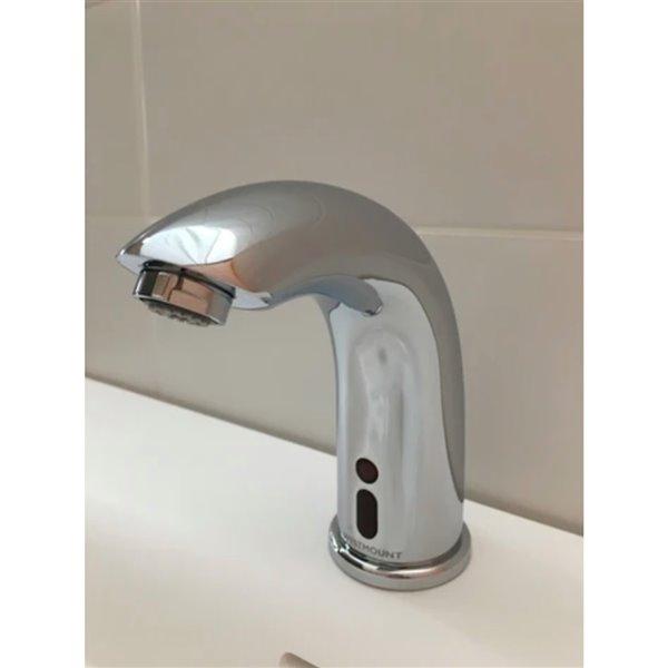 Robinet de salle de bain Myrna en chrome poli monotrou sans contact, plaque de recouvrement comprise, par Westmount Waterworks