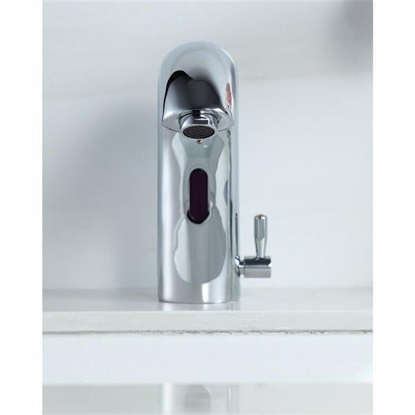 Robinet de salle de bain Charles en chrome poli monotrou sans contact, plaque de recouvrement comprise, par Westmount Waterworks