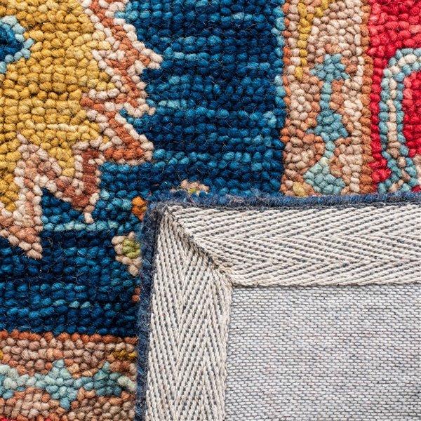 Tapis décoratif d'intérieur rectangulaire rouge/bleu Aspen par Safavieh de style éclectique, 8 pi x 10 pi
