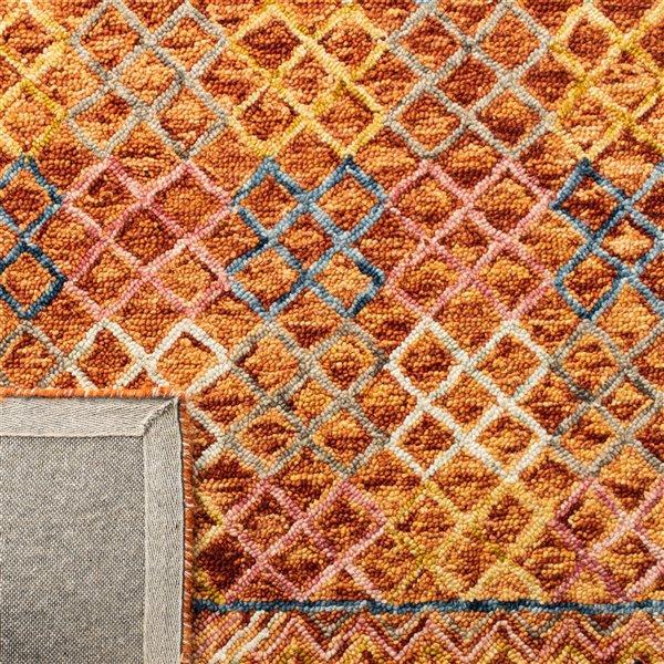 Tapis décoratif d'intérieur rectangulaire or/rose Aspen par Safavieh de style éclectique, 5 pi x 8 pi