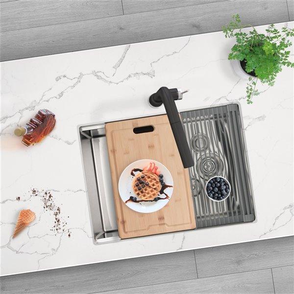 Évier de cuisine simple sous plan Versa de Stylish avec station de travail, 25 po x 19 po
