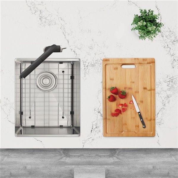 Évier de cuisine simple sous plan Versa de Stylish avec station de travail, 15 po x 19 po